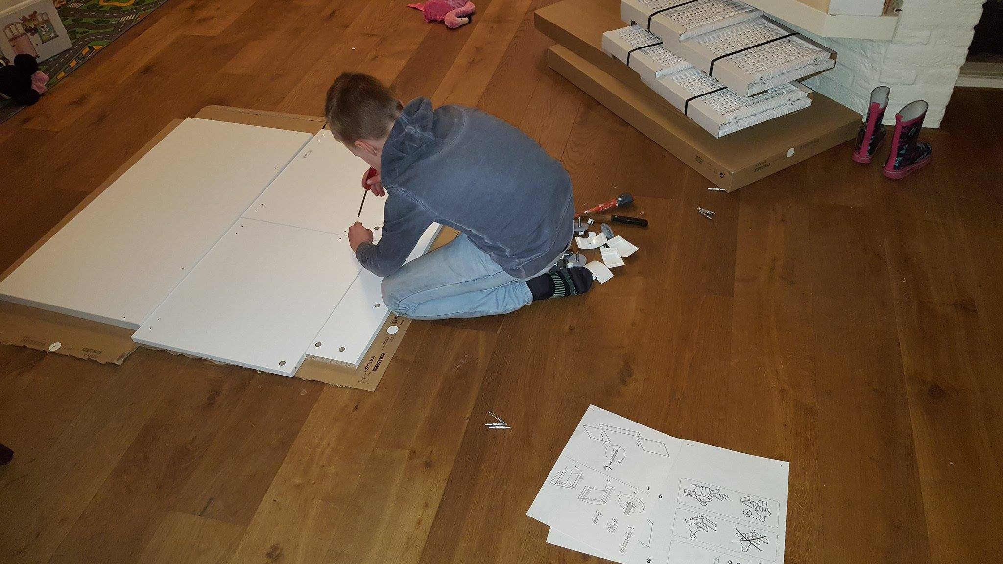 Ikea kast in elkaar zetten Lisette Schrijft