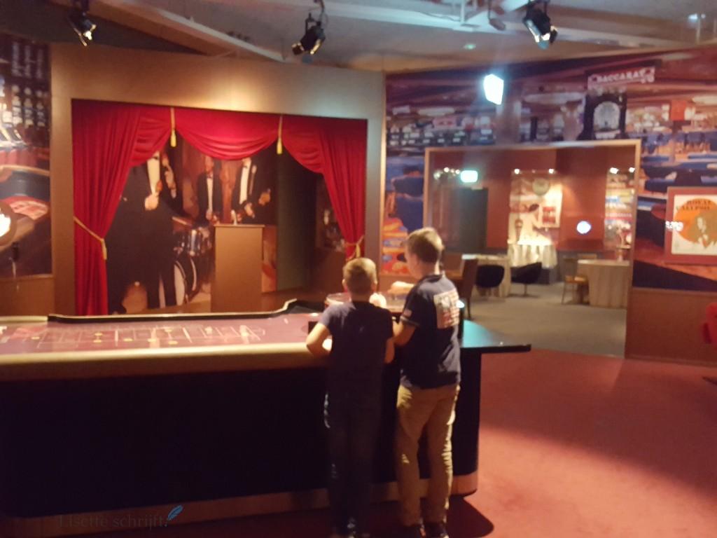 op bezoek in een cruiseschip maritiem museum rotterdam lisette schrijft