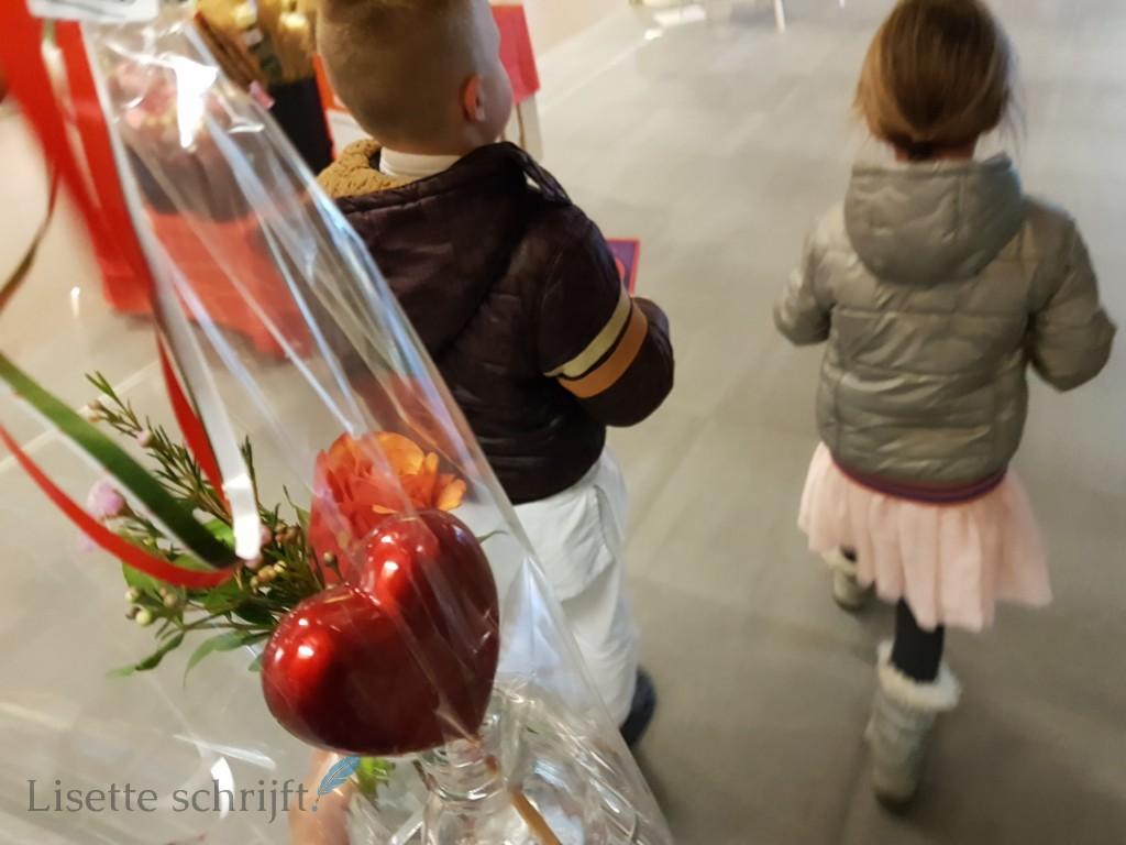 valentijn cadeaus kopen met kinderen Lisette Schrijft