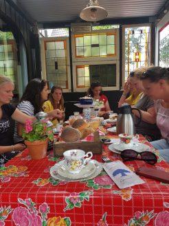high tea in het westland lisette schrijft