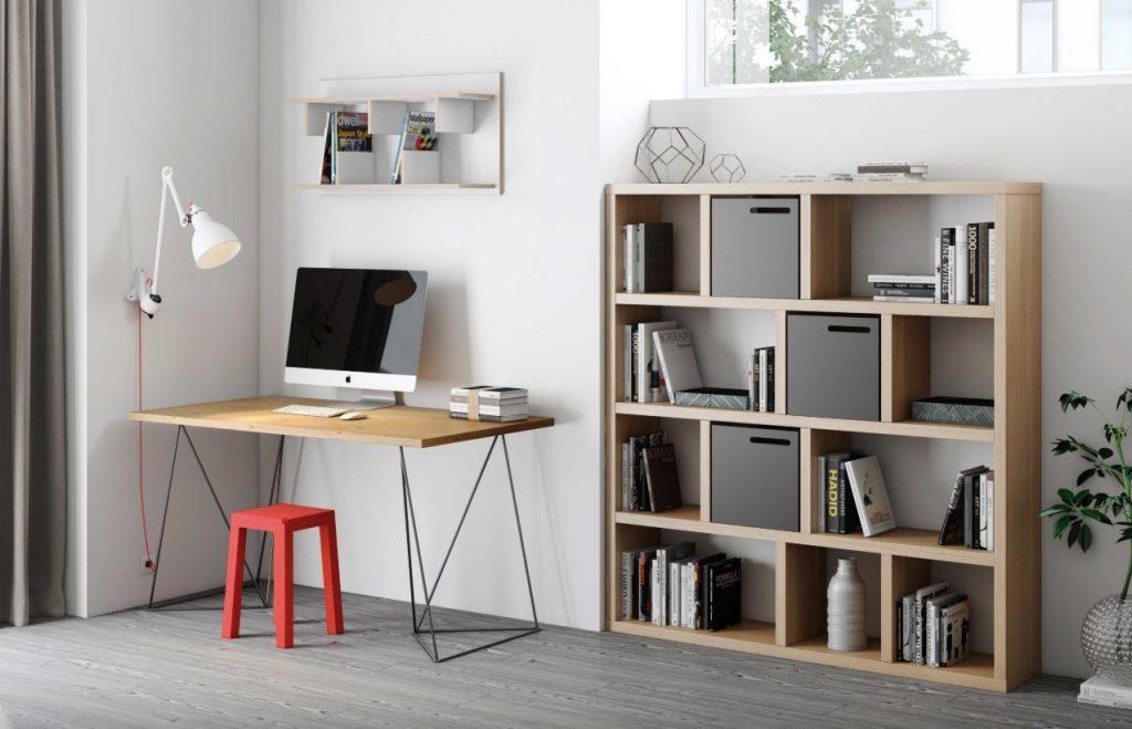 bureautafel voor in het kantoor Lisette Schrijft