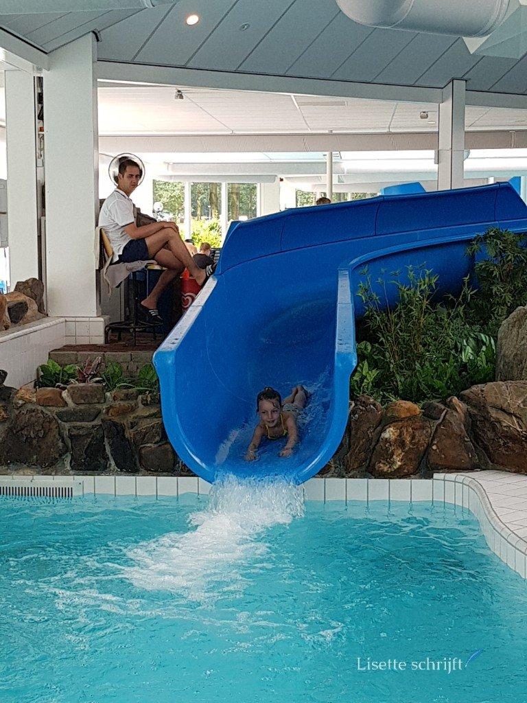 Het zwembad bij buitenhof de Leistert
