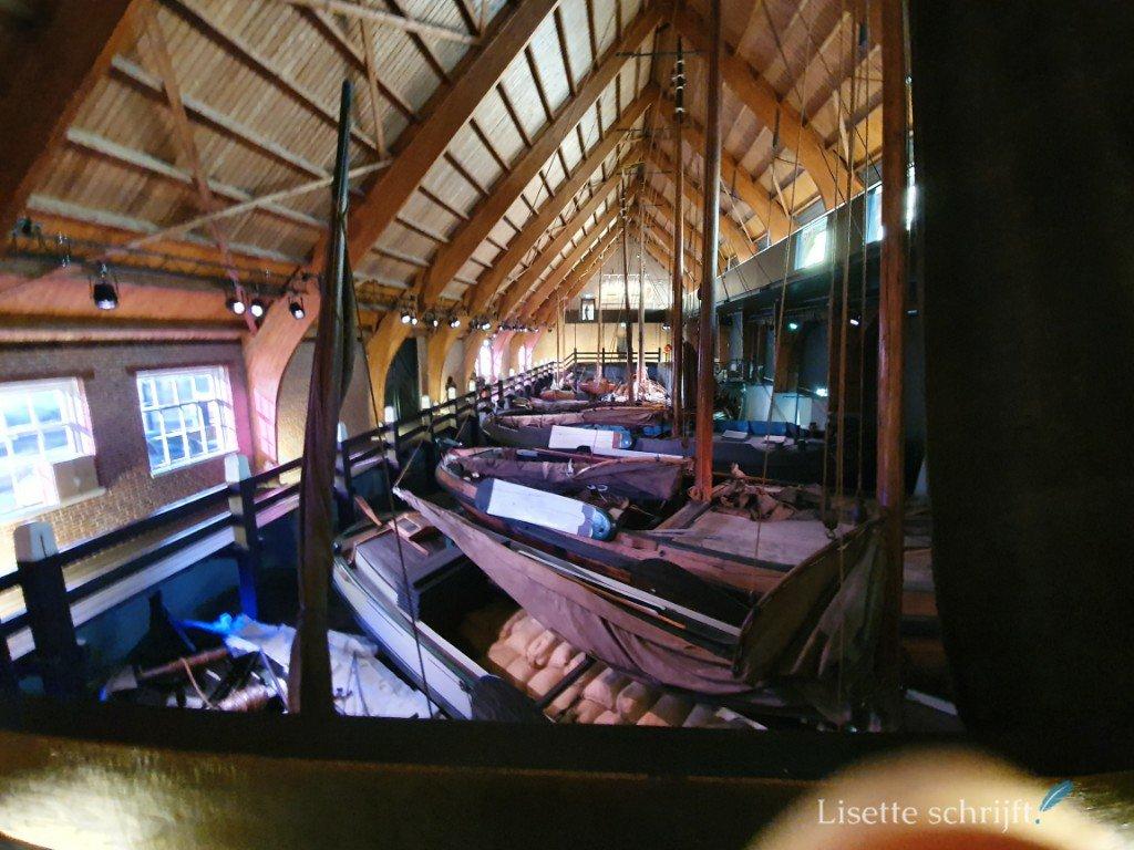boten in het zuiderzeemuseum
