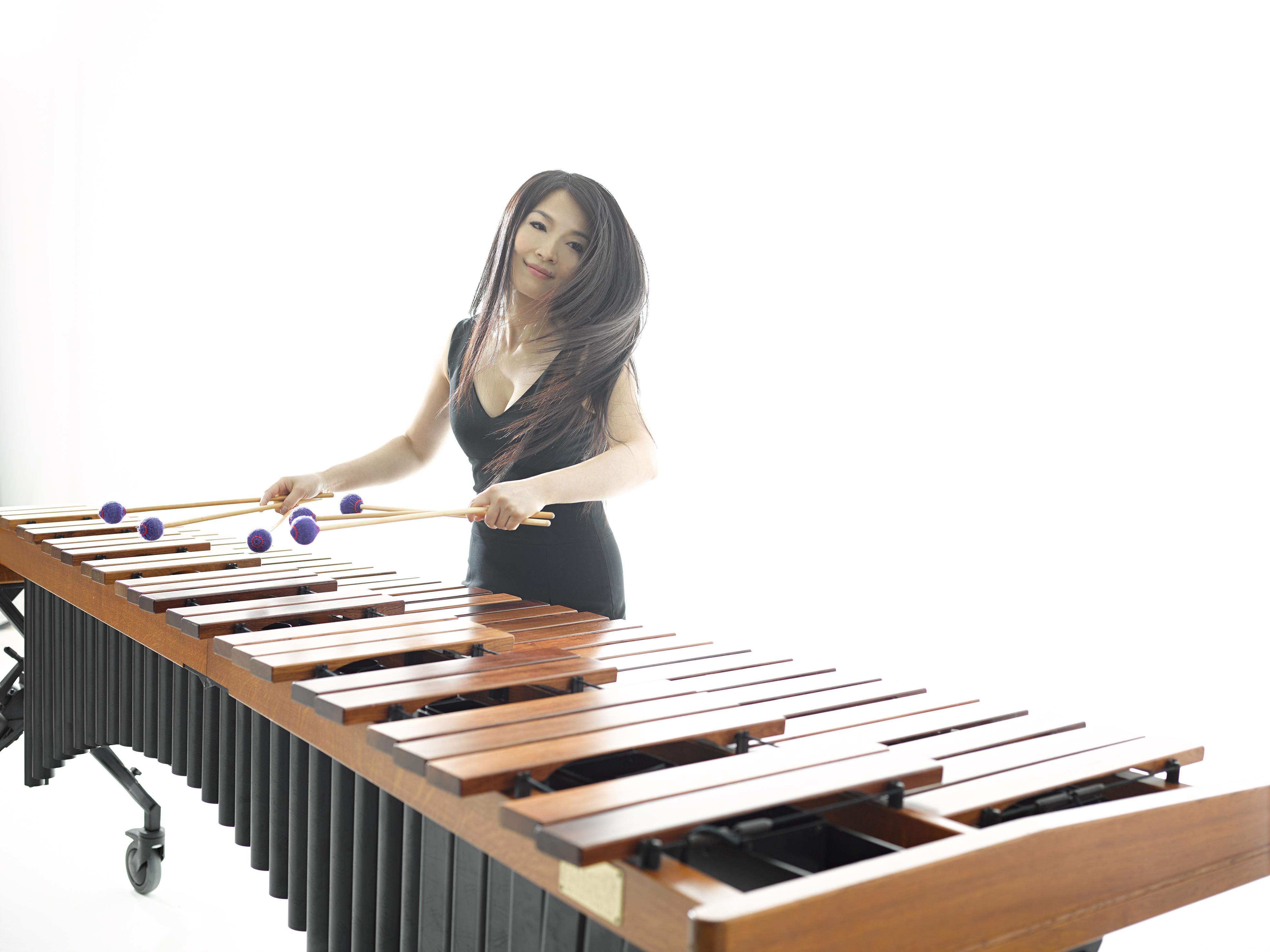 Pei-ching with marimba 2014