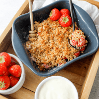 Aardbeien havermout crumble