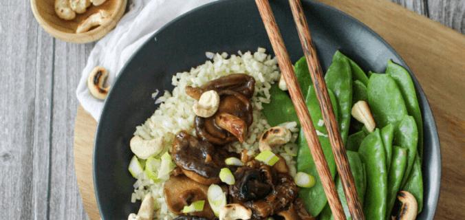 Rijstbowl met sticky champignons