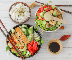 Crispy chicken sushi bowl