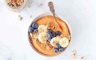Oranje power ontbijt smoothie