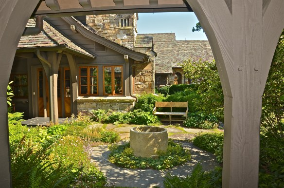 Charming courtyard leading to the 'Perfect Porch'