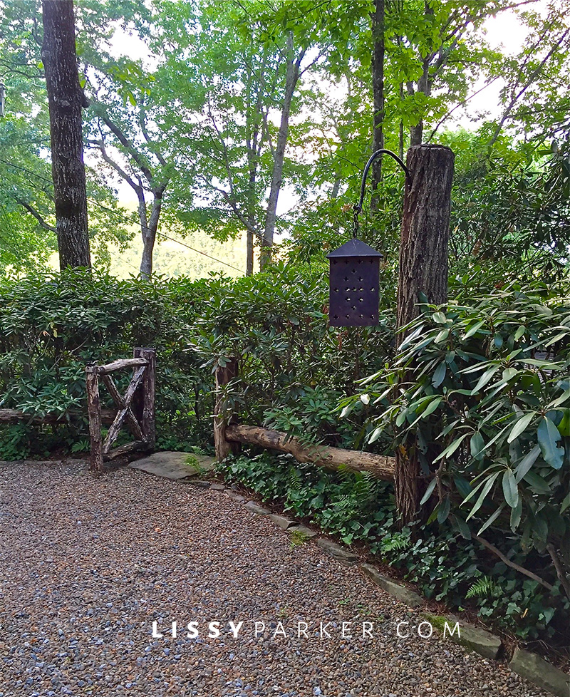 house crush locust rail fence and gate