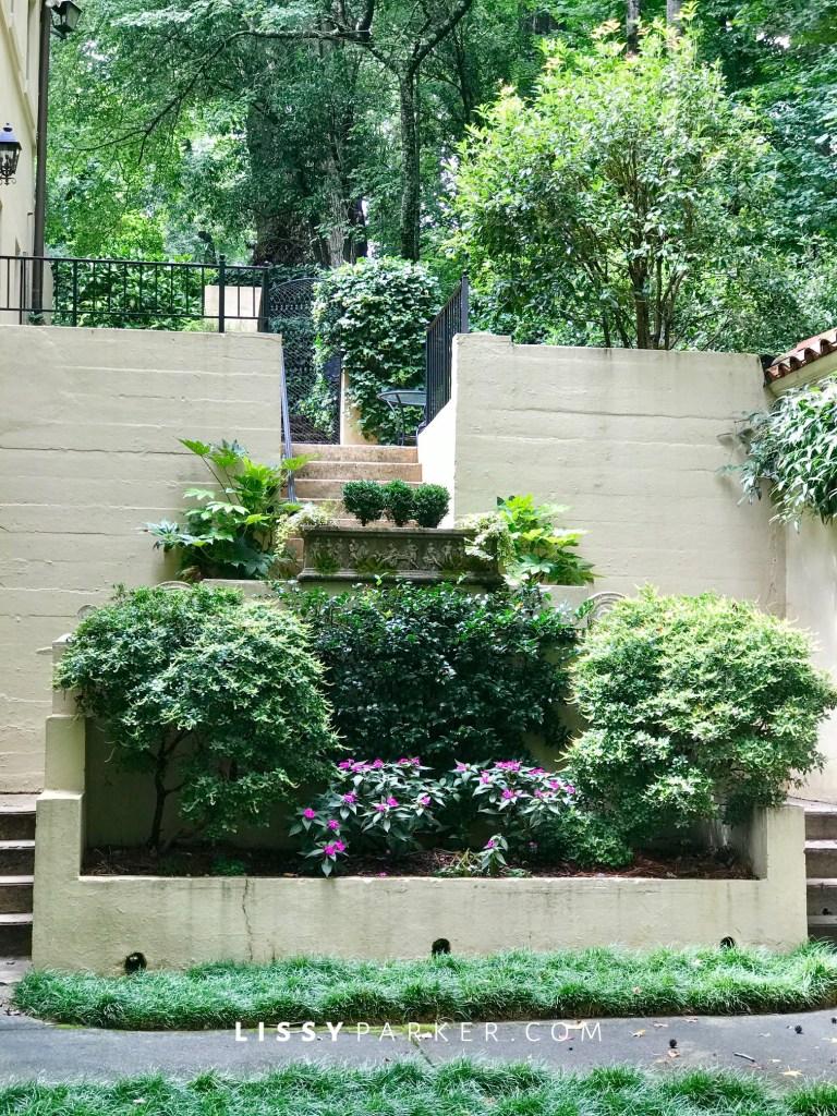 side raised garden
