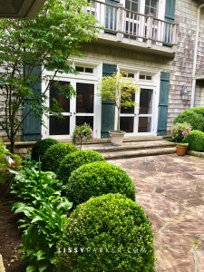 side stone porch