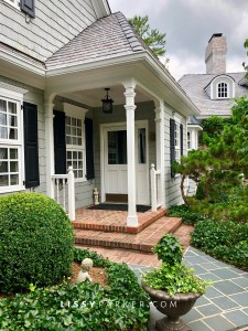 side entry porch