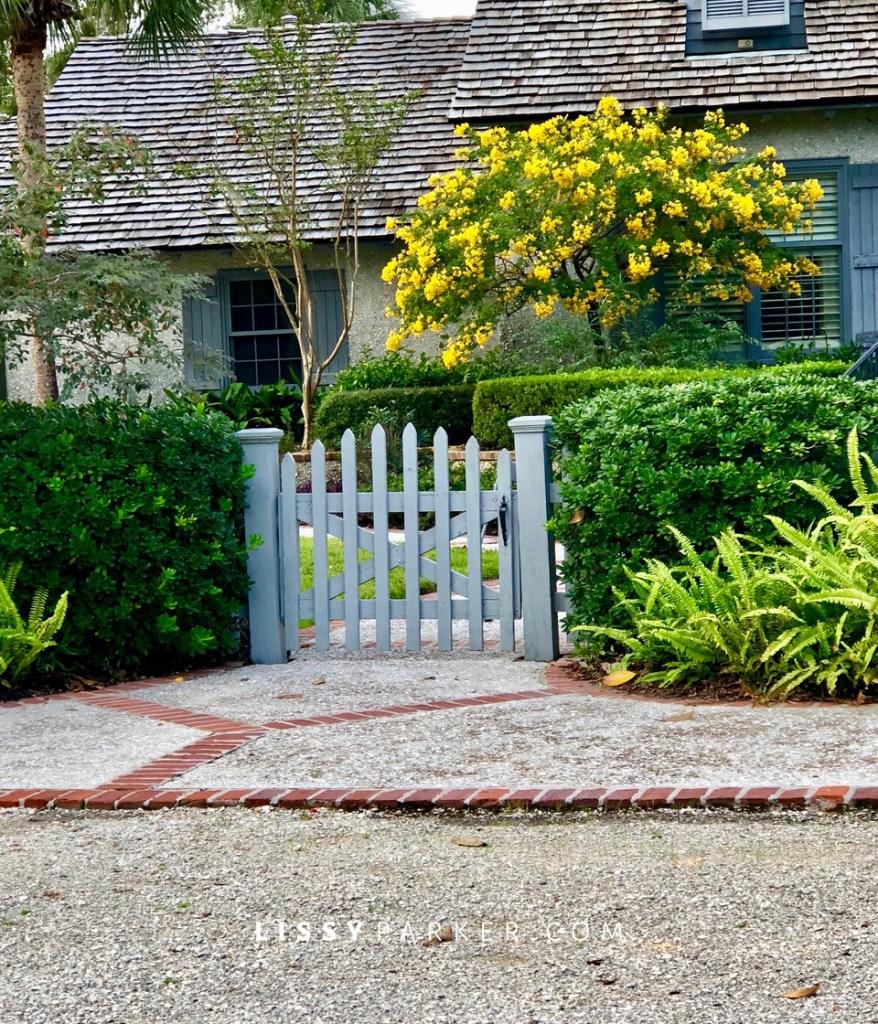 Sea Island gates