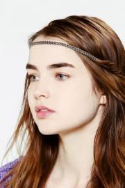 blue eyes dark hair models female