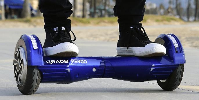 Aprender a usar un hoverboard