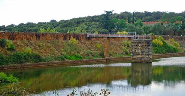 Cornalvo Dam
