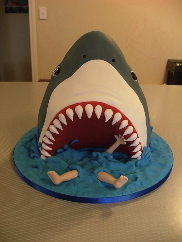 20 Killer Shark Cake