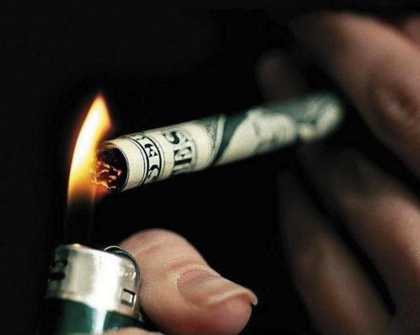 Smoking money