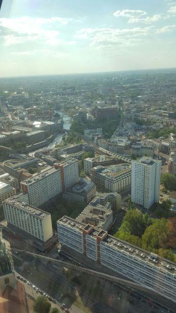 Vista da torre de TV na Alexanderplatz - Crédito Foto: Nicole Badin
