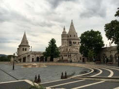 Varandas em frente à Igreja Matias