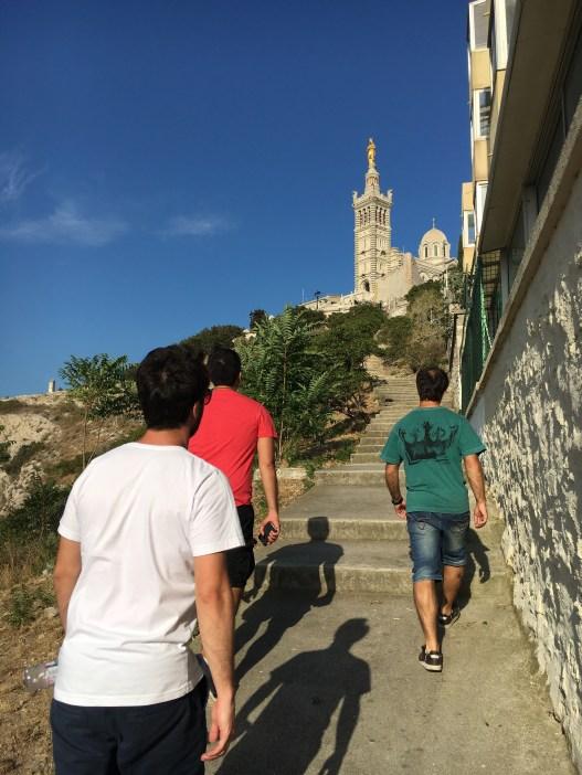 Subida até a Basílica Notre Dame de la Garde