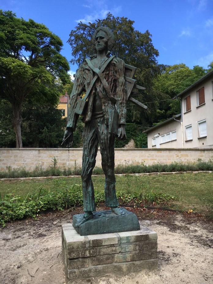 Escultura de Van Gogh num parque