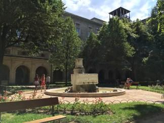 Jardim do Musée des Beaux Arts