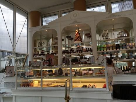 Casa de Chá (e doces!) Angelina - melhor chocolate quente