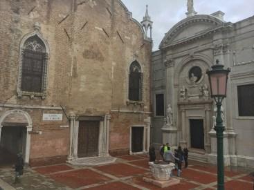 Norte de Veneza - o piso vermelho é resquício de tempos passados