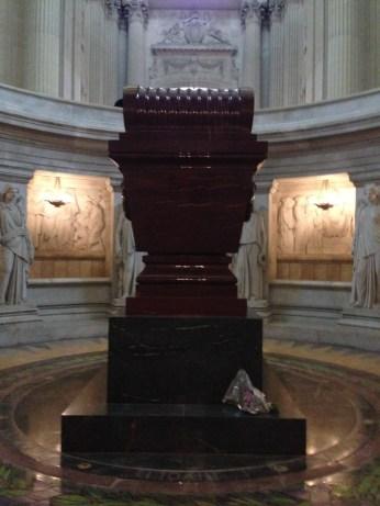 Interior da Église du Dôme - Túmulo de Napoleão Bonaparte