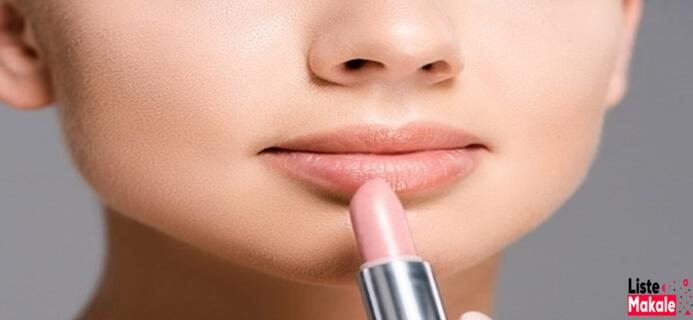 Beyaz Tenli Kadınlar İçin Makyaj Önerileri