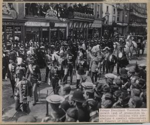 Funeral Procession for King Edward, with Roosevelt in mourning clothing and black top hat