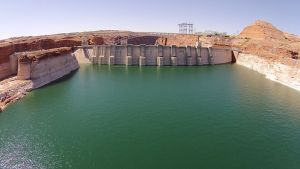 The dam at Glen Canyon