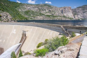 O' Shaughnessy Dam holding back the waters of the flooded Hetch Hetchy Valley
