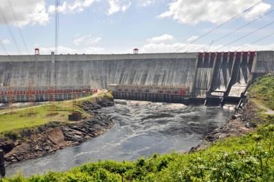 El Guri Dam and Simon Bolivar electrical generating station.