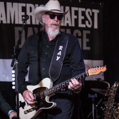 Showcases at Americana Festival 2019 – About To Close