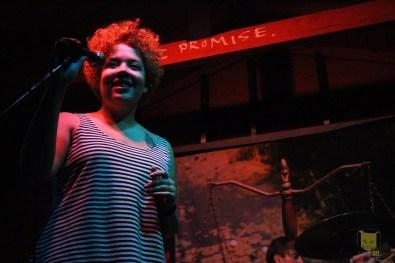 Jasmyn Burke of Weaves