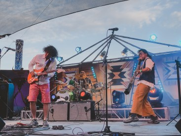 Dachambo at Joshua Tree Music Festival, photo by Kristy Walker for ListenSD