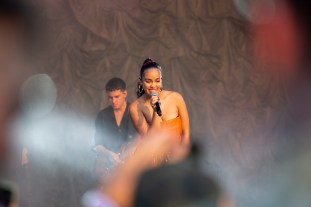 Jorja Smith at Governors Ball 2019 by Francesca Tirpak for ListenSD