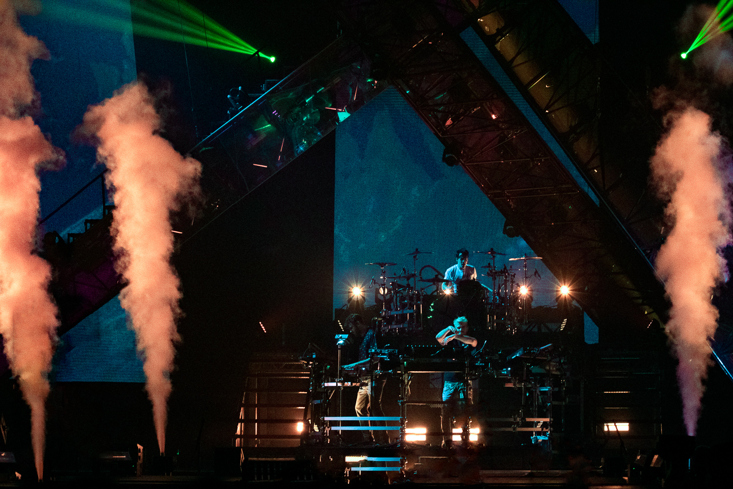 Chainsmokers at Viejas Arena by Mashal Rasul for ListenSD
