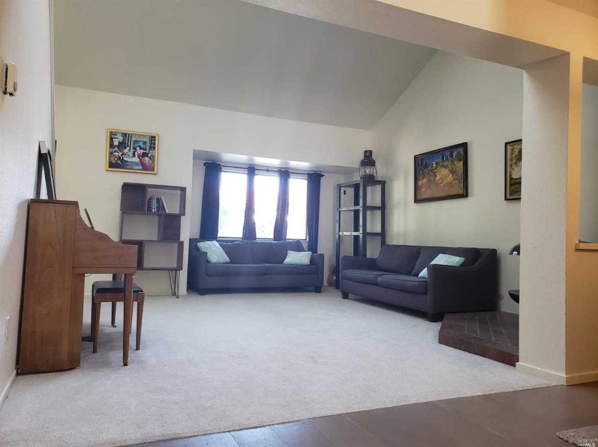 $689,000 - 2Br/2Ba -  for Sale in Mill Valley