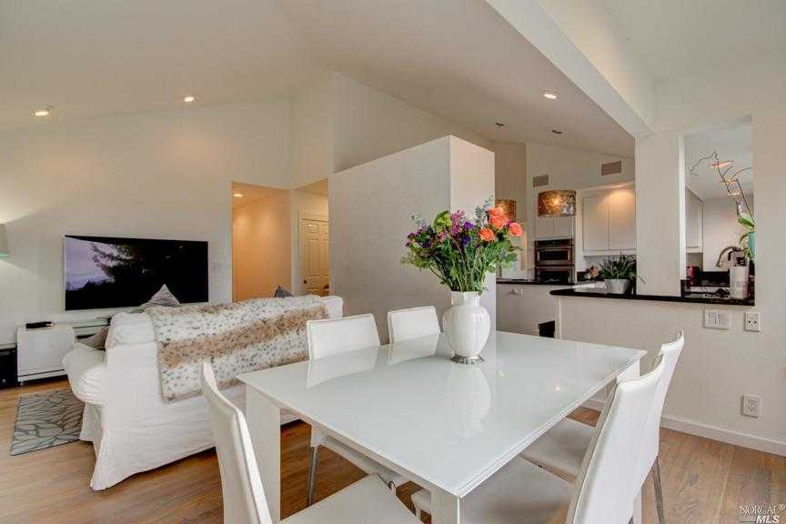 $2,150,000 - 5Br/3Ba -  for Sale in Mill Valley