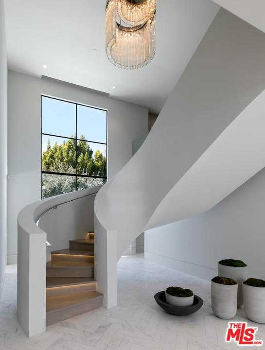 $33,000,000 - 7Br/9Ba -  for Sale in Beverly Hills