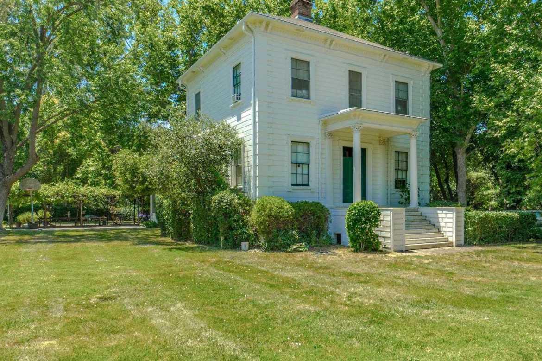 $3,000,000 - 4Br/2Ba -  for Sale in Davis
