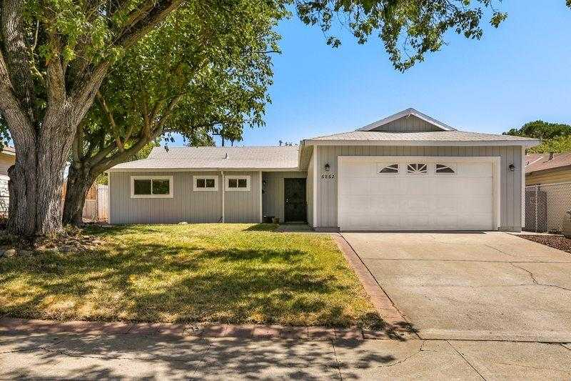 $334,500 - 3Br/2Ba -  for Sale in Brook Tree North, Citrus Heights