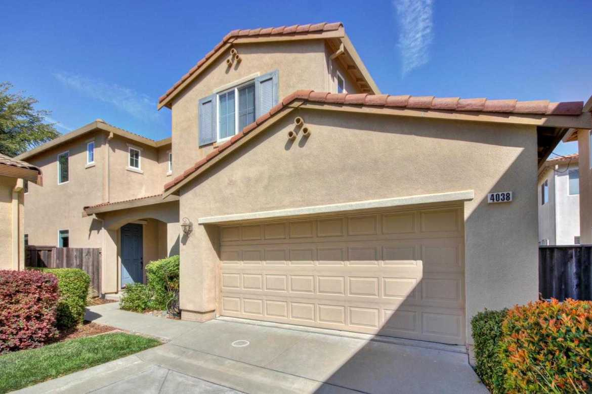 $430,000 - 4Br/3Ba -  for Sale in West Sacramento