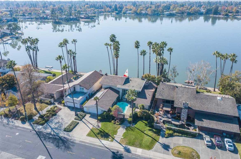 $1,090,000 - 5Br/3Ba -  for Sale in Sacramento