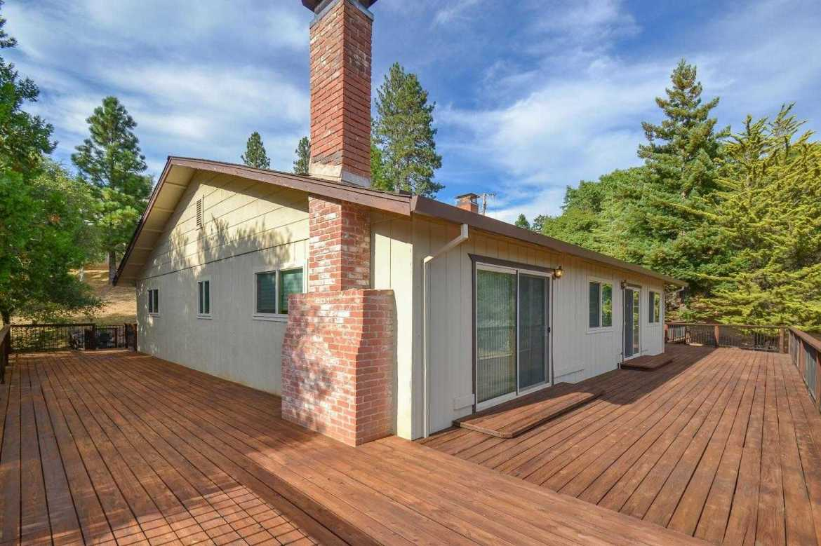 $449,000 - 3Br/3Ba -  for Sale in Pine Grove