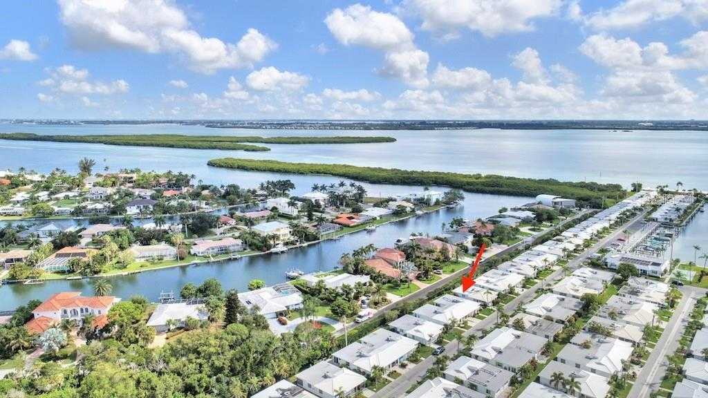 MLS A4438337  717 Spanish Dr N Longboat Key FL 34228  St Petersburg FL Real Estate